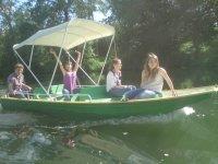 bateau à moteur jusqu'à 6 personnes sans permis