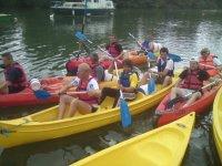 canoês et kayaks jusqu'à 4 personnes