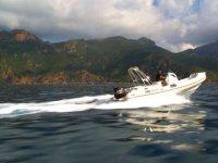 Louer un bateau sans permis en Corse