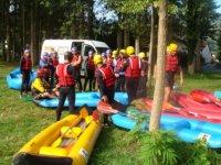 Preparation avant la sortie Rafting
