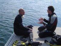 Conseils du moniteur pendant le stage de plongee