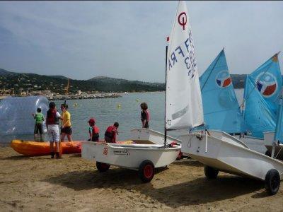 Yacht Club de Cavalaire Location de Bateaux