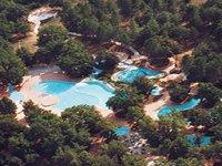 Vue aérienne du parc aquatique