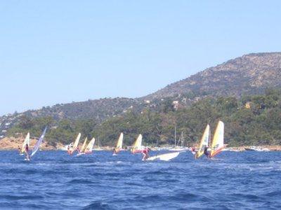 Club Nautique de la Baie de Cavalière Windsurf