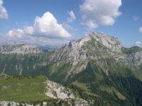 Survolez les montagnes