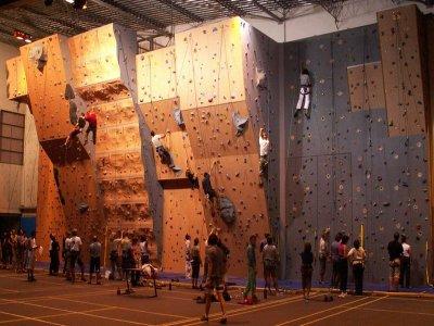 Club Alpin Français Angoumois Mur d'escalade