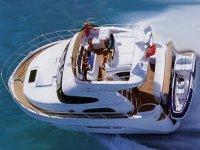 Yacht sealine f42