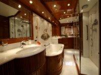 Salle de bain du yacht
