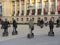 Paris Insolite avec Gyr Way