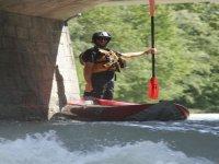 Guide moniteur kayak raft