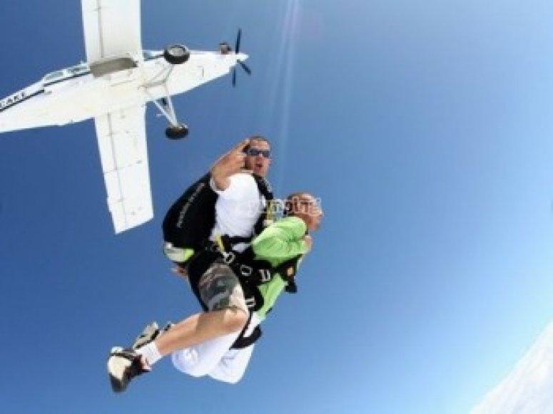 Bon Cadeau Saut en Parachute Tandem