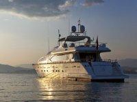 location yacht a Cannes pour vos evenements d entreprise