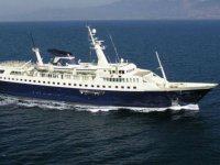 location yacht de luxe a moteur