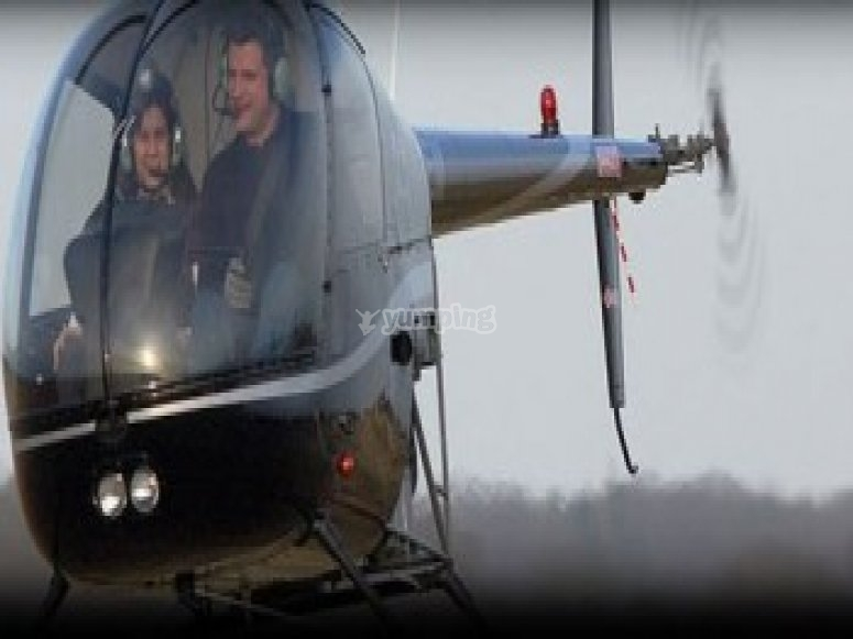 Passez aux commandes d un helicoptere