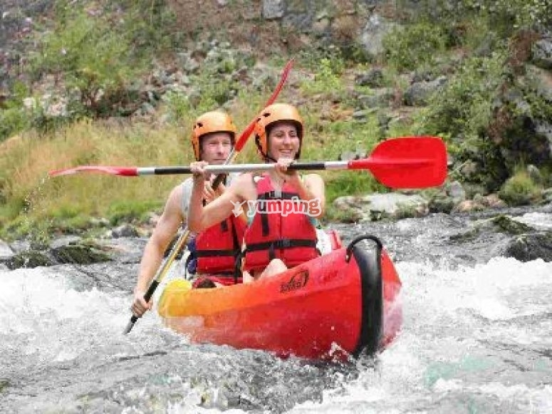 Canoe dans la sabliere