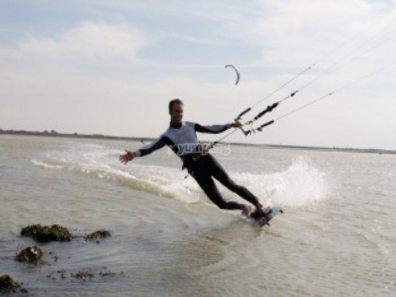 Kitesurf a 1h de Nantes