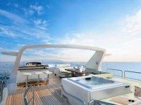 Location motor yacht