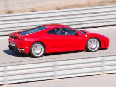 OFFRE SPECIALE Stage de pilotage Ferrari - 3 tours