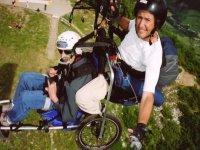 Parapente pour les personnes handicapees.JPG