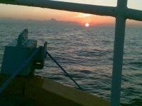 Coucher du soleil sur le bateau