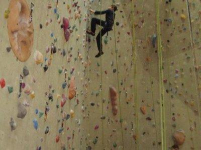 Club Alpin Français d'Ile-de-France Mur d'escalade