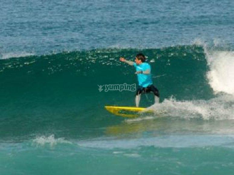 Cours de decouvere du surf a Seignosse