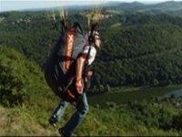 Parapente dans le Doubs