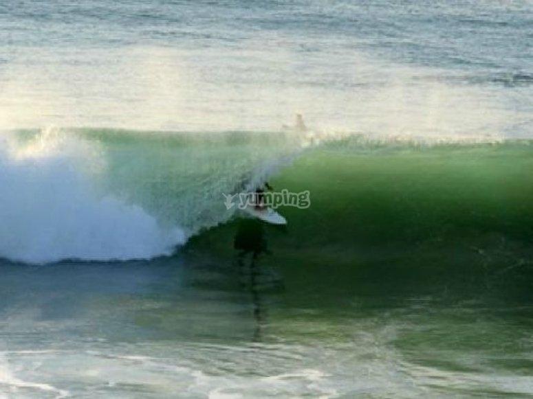Cours individuel avec moniteur de surf