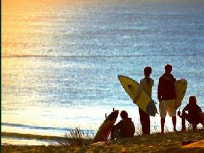 Surf 1/2 journée continue Adolescents