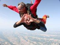 Prenez de la hauteur avec Fred Parachutisme
