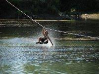 Tyrolienne aquatique sur le lac