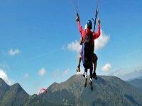 Volez en parapente aux Pyrenees