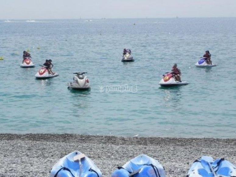 jetskis plage de Carras a Nice