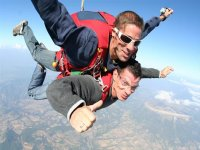 Saut en parachute a l aerodrome de gap tallard avec Akro d Air