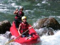 Descendez la Neste d Aure en Kayak avec Virevolte Kayak