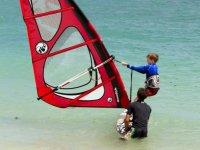 cours de windsurf a la plage de Kerleven