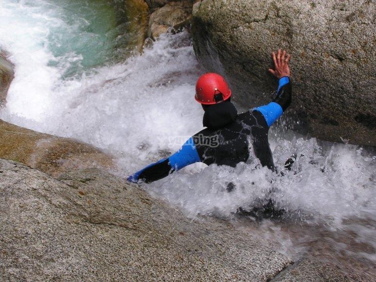 Glissade canyoning