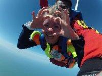 descente en parachute avec linstructeur