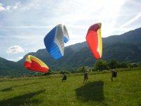 Atterrissage dans les montagnes alpines