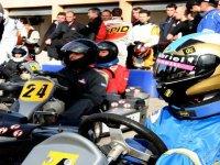 Concentration avant le depart de la Course Karting