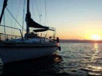 coucher de soleil voilier