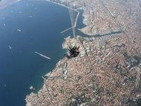 Saut en parachute a Marseille