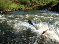 hydrospeed dans les rapides