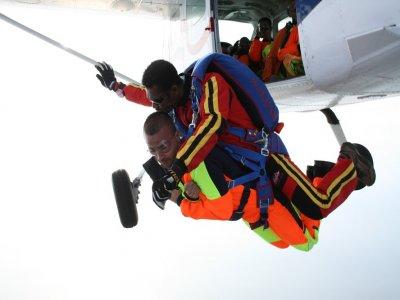 Saut Parachute tandem en Cote d'Or + Vidéo