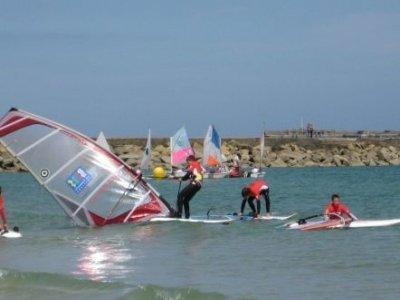 Ecole Voile et Vent de Tourlaville Windsurf
