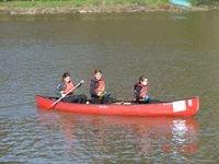 Canoe sur la Rance a Dinan.JPG
