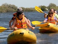 Canoe sur le lac Marin