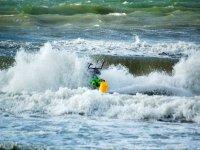 Au coeur des vagues