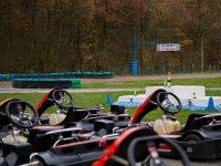 Sur la piste karting dans le 28