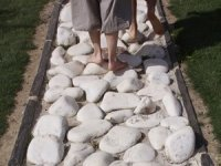 Sentier pieds nus